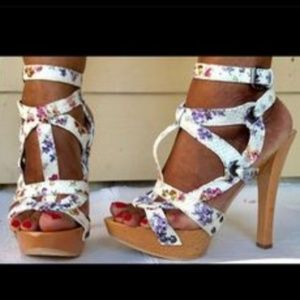 Guess & Marciaro floral wooden heels